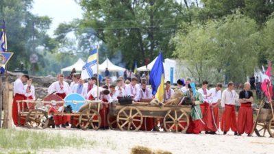 Історична реконструкція – на березі Дніпра відбулася битва.