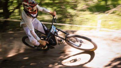 Як під Кременчуком змагалися велосипедисти-екстремали