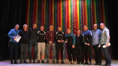 Бердянских футболистов поздравили и наградили (видео)