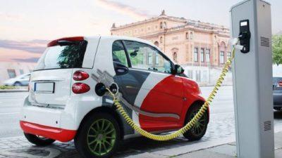 Електромобільні шлях України. Як Renault розвиває інфраструктуру зарядних станцій