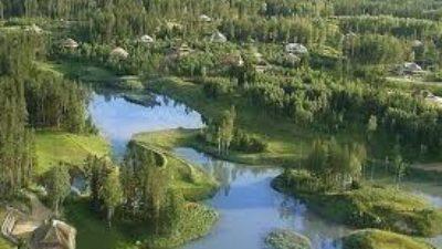 «Місто сонця» – фантастичне латвійське еко-селище без парканів і з особливими правилами