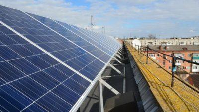 """Сонячні міні-електростанції – вдалий """"бізнес"""" жителів Житомира"""