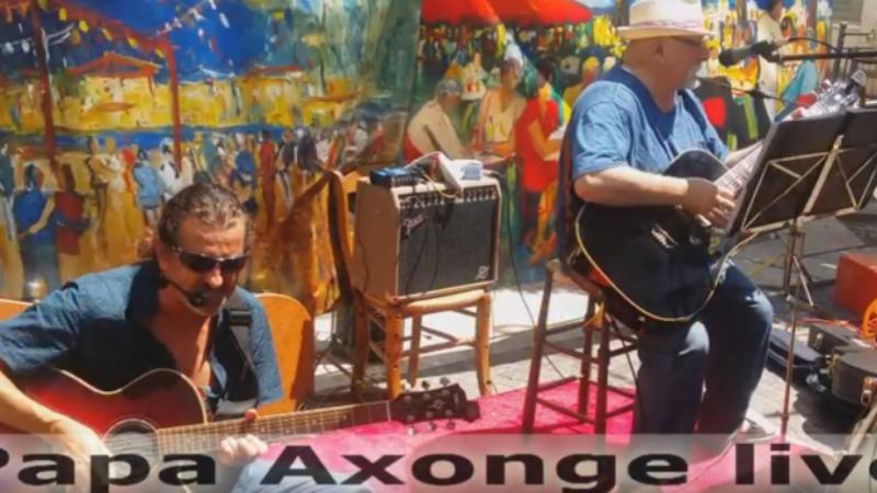 Так виглядає звичайний вікенд у Ла-Сейн-сюр-Мер: живий виступ Papa Axonge на заході Арт-ринок