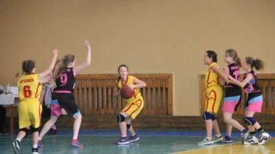 В ДЮСШ состоялись игры баскетбольной лиги (видео)