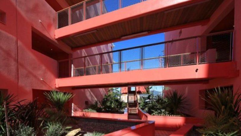 Pink style – будинок у рожевому кольорі