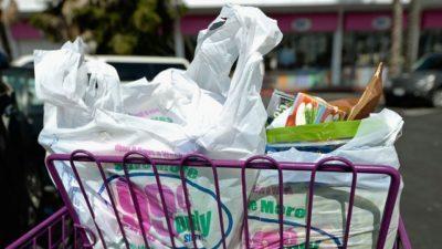 Австралійські вчені знайшли спосіб переробити всі види пластику