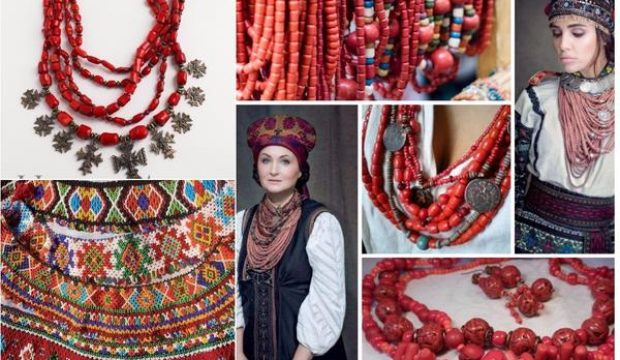 ukrainian_traditional_necklace_2_grande.jpg